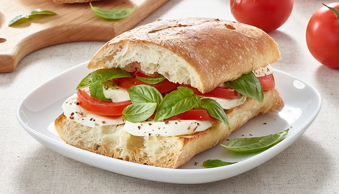 tomato basil sandwich display image