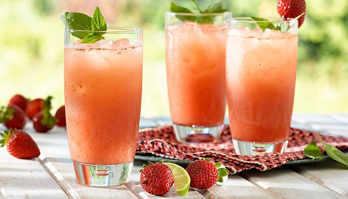 strawberry basil limeade display image